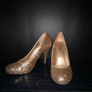 Candie's Shoes - ❤️ BUNDLE 3 for $20 ❤️New* Sparkly Gold Heels